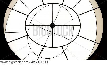 Round And Lines Shaped Geometric Minimalistic Abstract Background