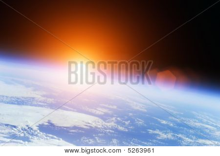 Universe-Sonnenaufgang
