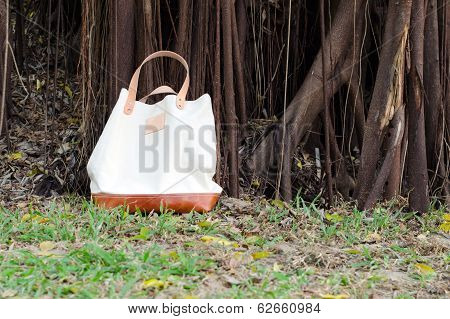 Canvas Bags With Banyan Tree