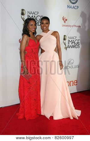 LOS ANGELES - FEB 6:  Kerry Washington, Gabrielle Union at the 46th NAACP Image Awards Arrivals at a Pasadena Convention Center on February 6, 2015 in Pasadena, CA