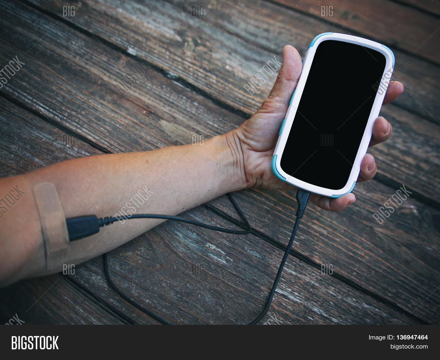 Arm Cell Phone Hooked Image & Photo (Free Trial) | Bigstock