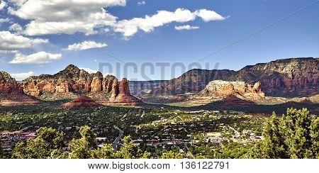 Scenic Overlook Of The Town Of Sedona Arizona