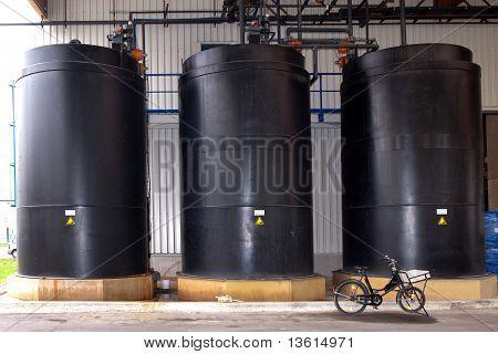 Black Tanks