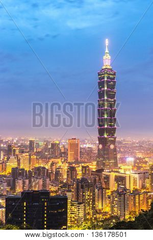 TAIPEI, TAIWAN - AUG 10 :Taipei 101 building at dusk on August 10, 2015. Taipei 101 is a landmark supertall skyscraper in Xinyi District, Taipei, Taiwan.