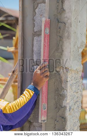 Leveling Concrete Wall With Tool Bubble Spirit Level (water Level)