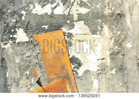 Old metal pieces on the wall