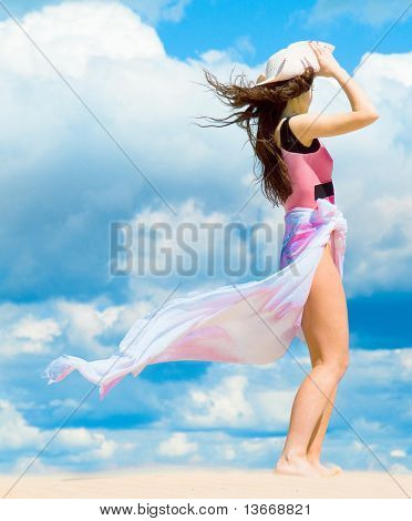 Model Woman Clouds