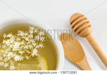 Elderflower Tea With Lemon Served Elderflowers