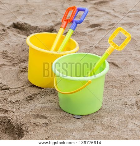 Kid's Toys For Playing Sand Bucket And Shovel, Enjoy With Activity Of Family