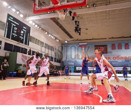Bc Cska Center Nenad Krstic (12) Shoots A Free Throw