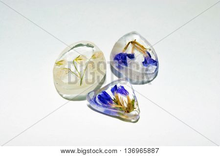 Three Epoxy Resin Crystals_1
