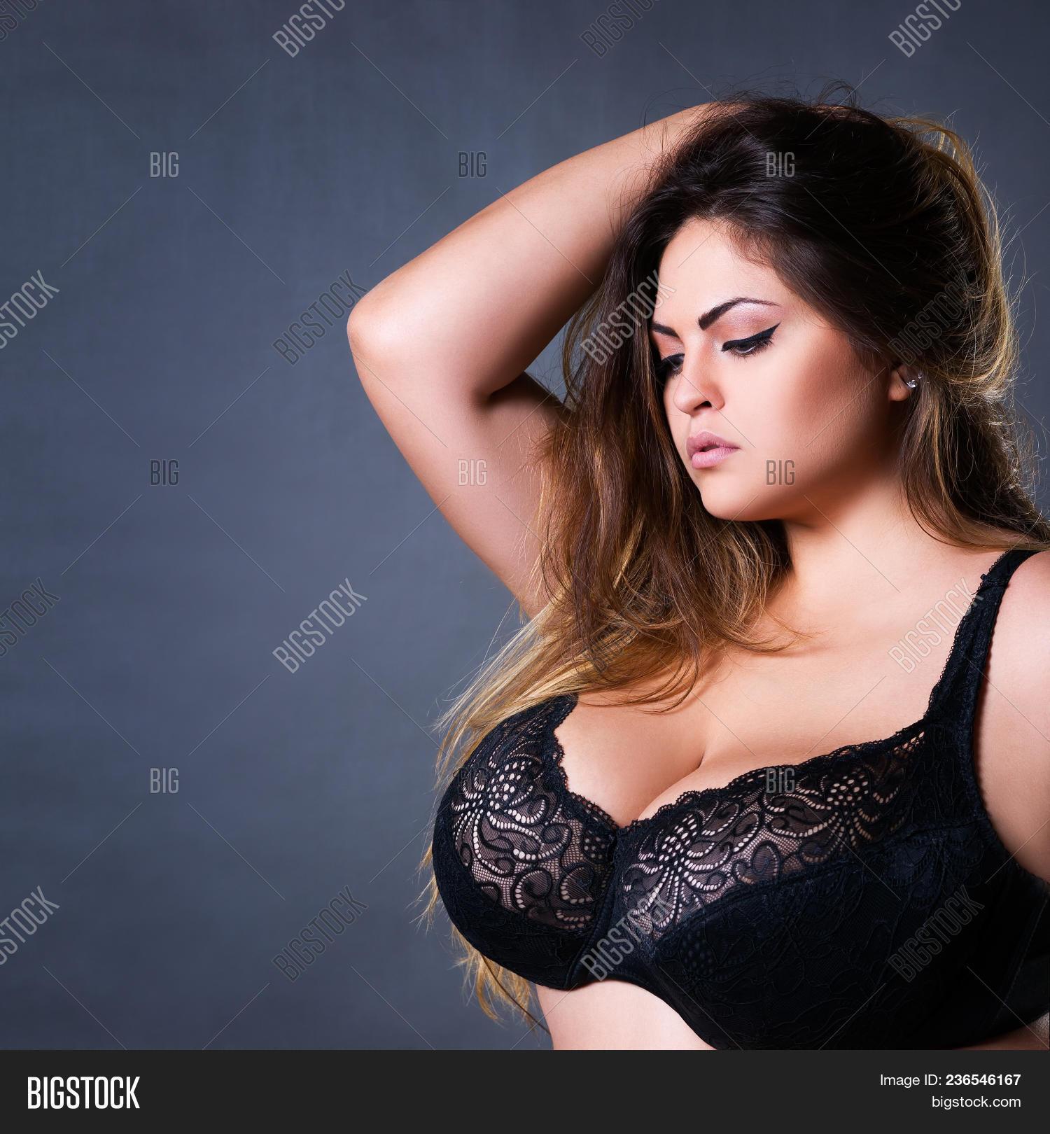 Ordinary girl posing nude