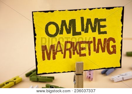 Handwriting Text Writing Online Marketing. Concept Meaning Marketing Digital Advertising Social Medi