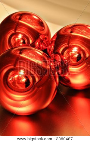 Red Baubles