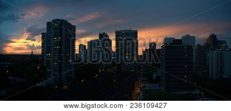 Panoramic View Of A Breathtakingly Beautiful Sunset In The Evening Of Chicago Gold Coast High Rise A