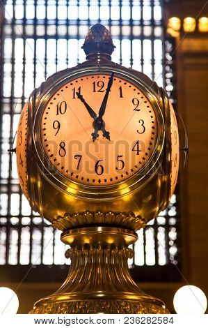 NEW YORK-SEPTEMBER 21:  Golden colored clock from Grand Central terminal in New York City, USA on September 21, 2009.