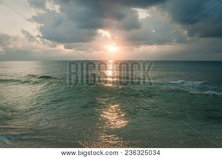 Clean Clear Water On The Sea In The Ocean. The Glare Of The Sun In The Water. Beautiful Exotic Lands