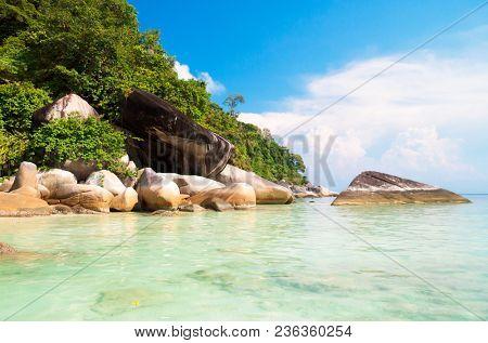 Big Stones Rocky Bay