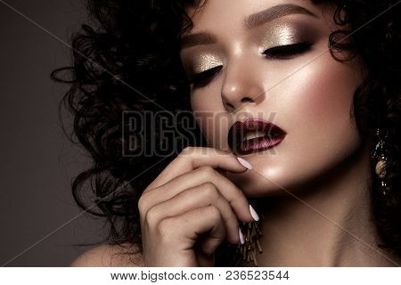 Beauty Young Woman With Curly Small And Long Hair. Permed Hair. Glamour Lady, Beautiful Girl On Gray