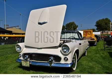 Yankton, South Dakota, August 19, 2017: The Restored Classic 1955 Ford Thunderbird Convertible Is Di
