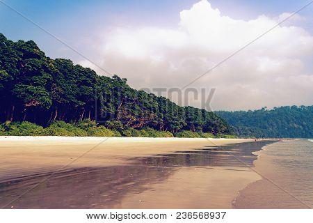 Radhanagar Beach In Havelock Island, Andaman Island, India. White Sand Beach And Blue Skies. Deserte