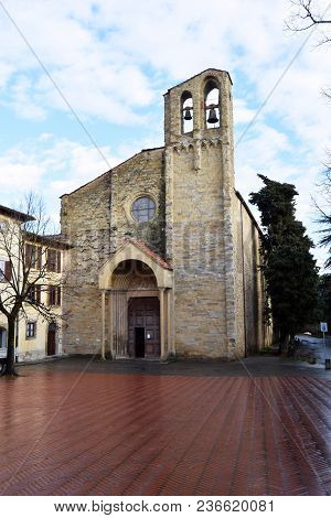 The Square And The Church Of Saint Francis In The City Of Arezzo - Tuscany - Italy