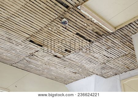 Old Plaster And Lath Ceiling In A House