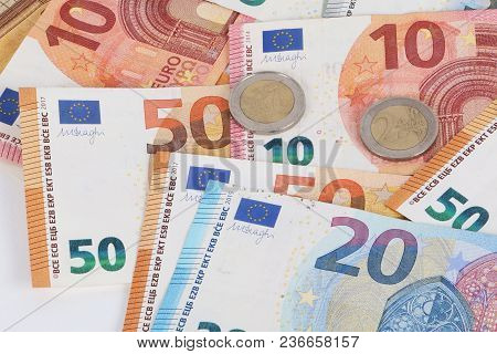 Different Euros Are Lying In The Studio