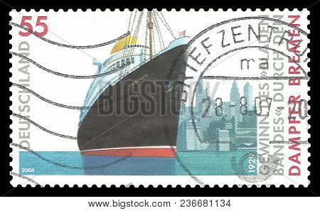 Germany - Circa 2004: Stamp Printed By Germany, Color Edition On Ships, Shows Passenger Ship Bremen