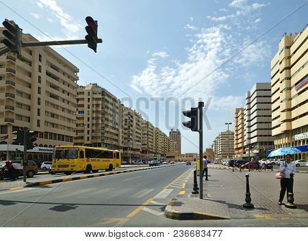 Sharjah, Uae - April 8. 2018. View Of The Traffic On Hisn Ave