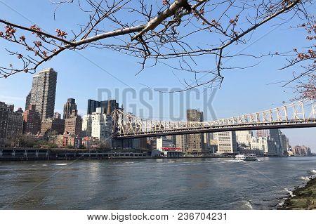 Queensboro Bridge Connecting Midtown Manhattan To Roosevelt Island Over The East River In New York C