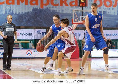 Samara, Russia - December 07: Bc Azovmash Guard Derrick Low #7 With Ball Goes Against A Bc Krasnye K