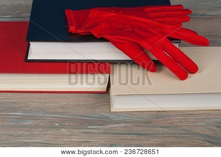 Book Stacking. Open Book, Hardback Books On Wooden Table . Back To School. Copy Space For Text. Knit