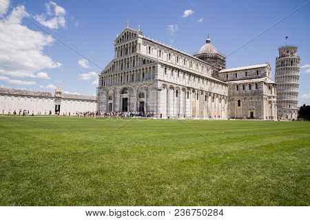 Leaning Tower Of Pisa - Pisa - Tuscany -  Italy