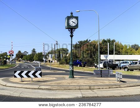 Culcairn, Australia - March 20, 2018:  View Of The Culcairn Town Clock Located In The Centre Of A Ro