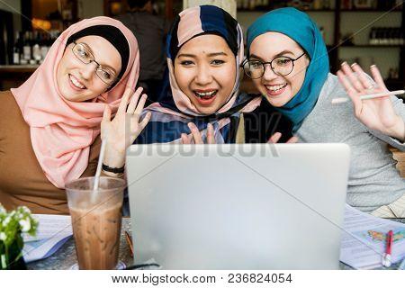Islamic women using online video chat