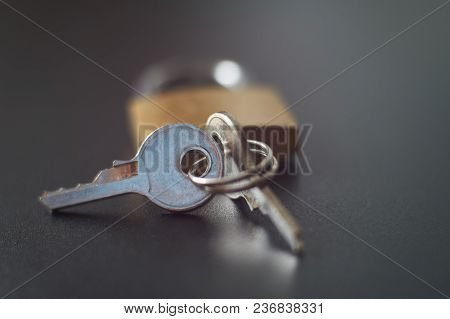 Brass Lock, Keys Playing With Light, Shadow, Reflection And Surfaces, Selective Focus