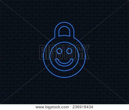 Neon Light. Child Lock Icon. Locker With Smile Symbol. Child Protection. Glowing Graphic Design. Bri