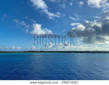 Half Moon Cay/bahamas-10/31/19: The Private Island Of Half Moon Cay In The Bahamas On A Sunny Day Wi