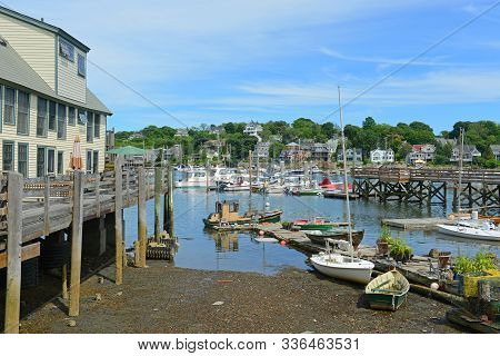 Gloucester, Ma, Usa - Aug. 8, 2015: Fishing Boat At Smith Cove Of Gloucester City In Summer, Massach