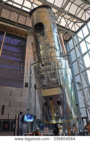 Washington Dc - Aug. 10, 2010: Hubble Space Telescope Replica Is Displayed In Smithsonian National A