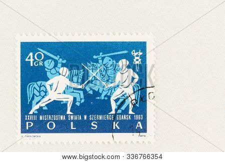 Seattle Washington - October 9, 2019: Used Stamp Of Poland  Featuring Fencing, And Knights, Commemor