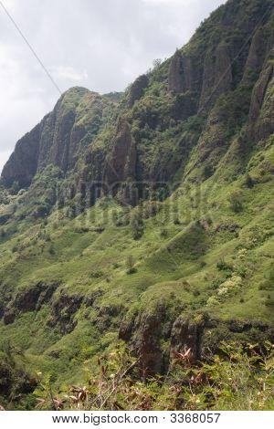 Makaha Valley Pali 2