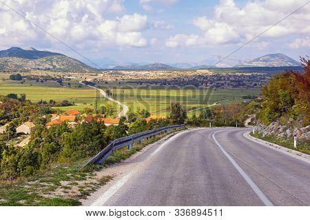 Balkan Road Trip. Dinaric Alps, Bosnia And Herzegovina, Republika Srpska, Zubacko Polje. View Of Vil