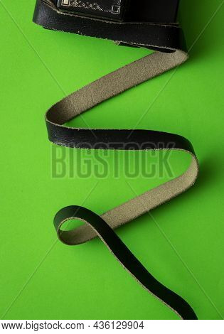 Tefillin With Rolled Cowhide Straps, Green Background