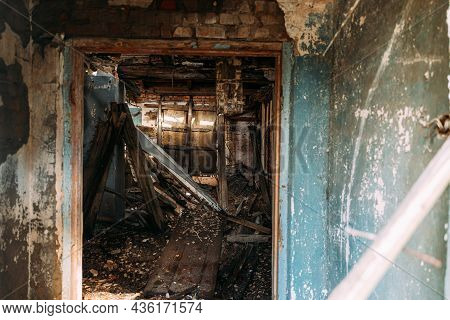 Abandoned Ruined Old Village House In Chernobyl Resettlement Zone. Belarus. Chornobyl Catastrophe Di