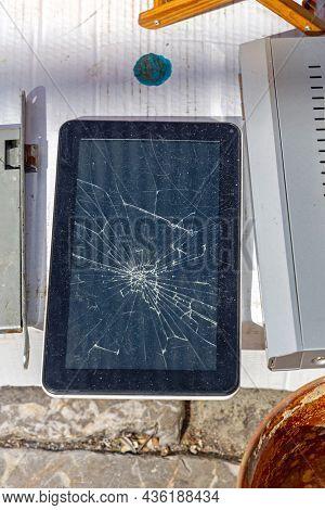 Cracked Glass Screen Broken Tablet Drop Damage