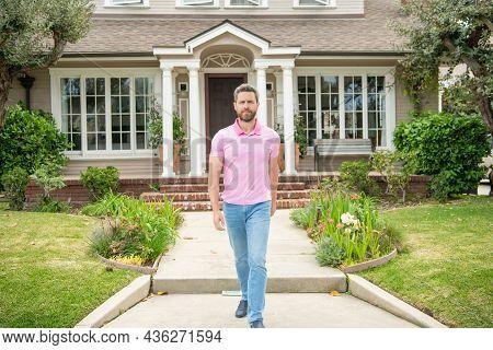 Home Insure. Property Insurance Promotion. Successful Broker Make Offer. Mortgage Insurer