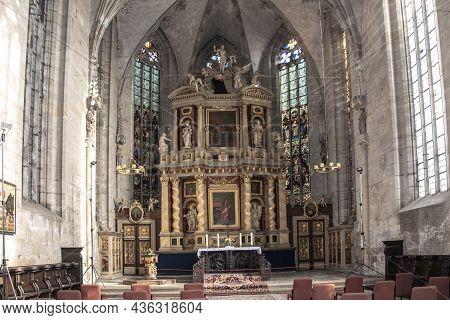 Quedlinburg, Germany - October 12, 2021: Quedlinburg Stiftskirche St Servatius In Germany