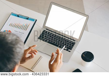 Mockup Copy Space Computer Notebook Laptop Concept , A Man's Hand Using A Laptop On Internet Website
